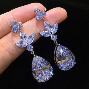 Jewelry - Stunning silver and AAA Zirconia earrings